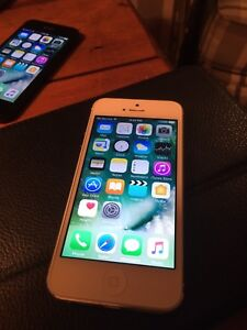 iPhone 5 (A1428, Rogers LTE)