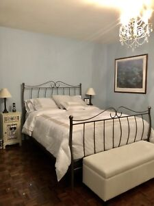 Queen size bed frame. Rod iron.