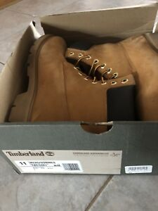 MENS SIZE 11 TIMBERLAND BOOTS