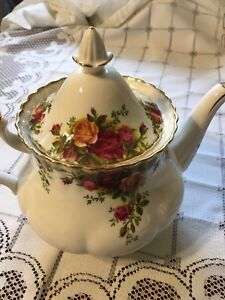 Vintage Tea cup, Tea pot, tiered stands