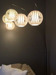 Urban Barn 5 Lantern Lamp