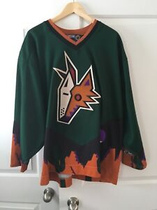 Vintage alternate Phoenix Coyotes hockey jersey XXL