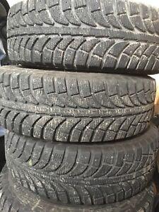 4x Bon/Good Pneus/Tires  Sur Rims Hiver/Winter 195 65 R15