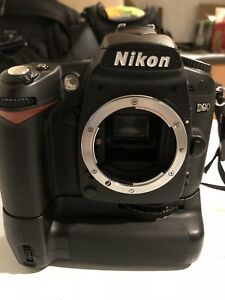 Nikon D90 and Battery Grip
