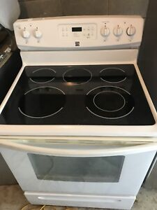 KENMORE STOVE FOR SALE MINT CONDITION