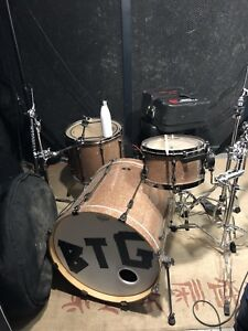 4pc TAMA superstar drum set with hardware and soft cases