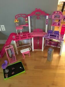Barbie Mall and Accessories