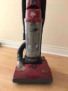 Dirt Devil Jaguar bagless upright vacuum