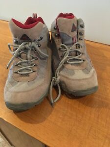 Women's hiking boots size 8.5