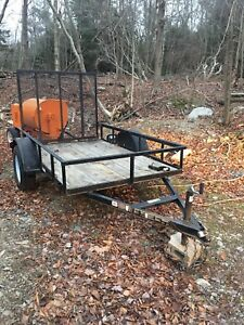 2014 5 by 8 Carry-on utility trailer