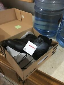 Cross country men's ski boots new unused