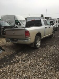 Parting out 2010 dodge 1500 hemi quad cab