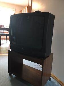 TV, DVD player and tv cart