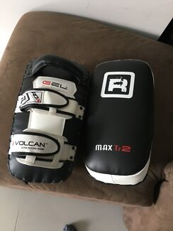 Kick pad, Punching mitt and 16oz glove