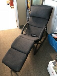 Homedics Massage chair with remote