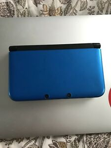 Nintendo 3DS XL - Console & 3 Games