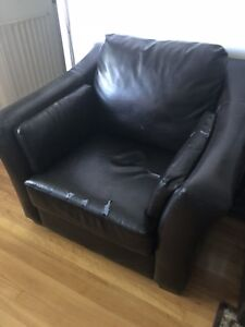 Leather sofa set to go for free