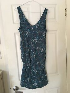Fitted maternity dress size medium