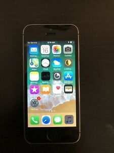 Mint iPhone 5s Space grey Unlocked