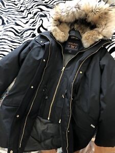 BEAUTIFUL WOOLRICH JACKET FOR SALE SIZE S
