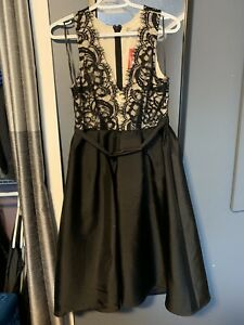 Beautiful dress -  large