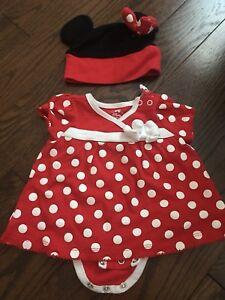 Minnie Mouse onesie 0-3 months EUC