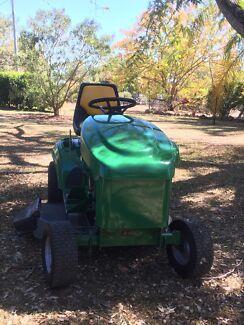 """Ride On Mower Cox lawnboss 13/32"""""""