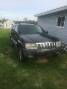 Jeep Cherokee (Good trail or plow Truck)