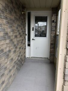 4 BR HOUSE FOR RENT - STEELES/MCCOWAN - AVAIL IMM.
