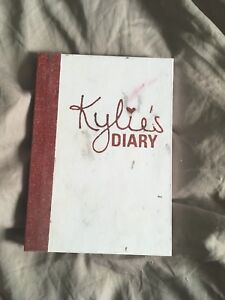 Kylie Cosmetics Limited Edition Valentine's Day palette