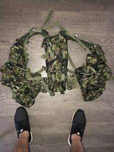 Tactical Vest (Paintball, Airsoft , Army Gear)