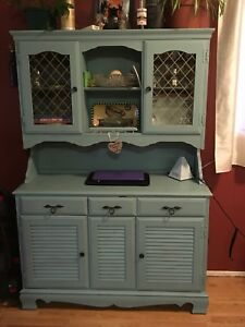 China cabinet (distressed)