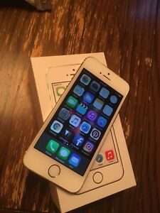 Great Conditon iPhone 5s Gold