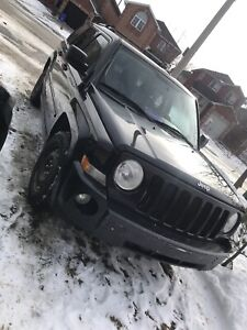 07 jeep patriot