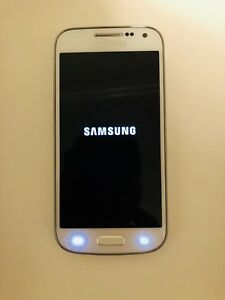 Samsung Galaxy S4 Mini 16GB unlocked white Mint condition