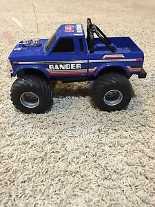 Ford Ranger 1974 4x4 RC Toy