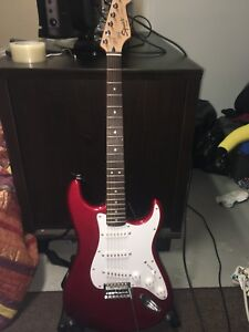 Fender squire guitar and amp  150$