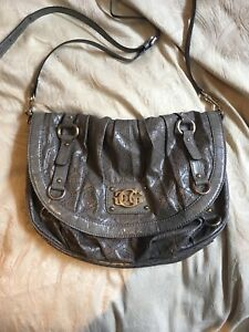 GUESS crossbody bag, great condition