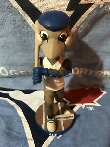 Swinging Ace bobblehead