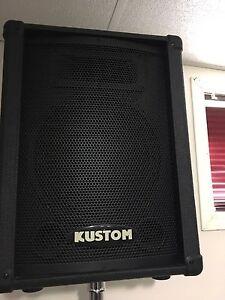 Kustom PA speakers