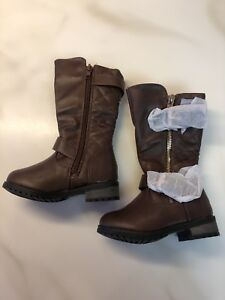 Super Cute Toddler Boots - Size 4