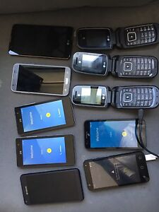 11 assorted  Andriod cell phones.