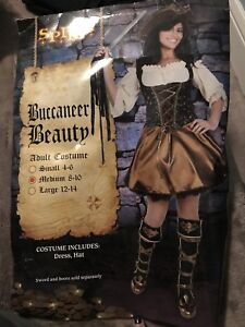 Woman's Pirate Costume