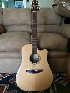 Takamine Eg-15C Cedar Top Acoustic/Electric Guitar Cutaway