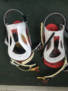 Used bindings for snowboarding