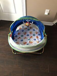 Infant outdoor bassinet