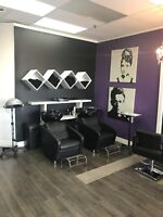 Coiffeuse recherchée / Looking for Hairdressers