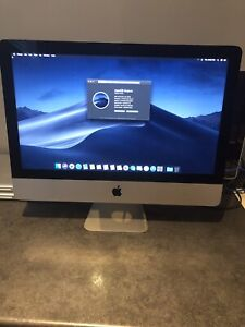 Apple iMac 21.5 inch in like new condition