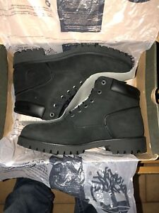 Timberland boots for men. Size 10.5 Only $180!!!