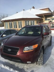 GREAT CONDITION/LOW KILOMETERS CAR